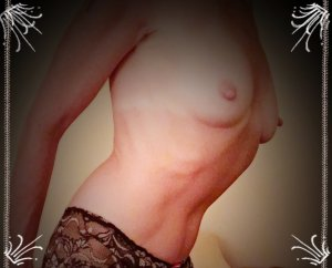 Editte outcall escort in Lake Forest