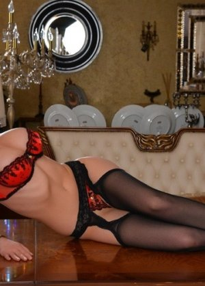 Mayssen outcall escorts in Herndon Virginia