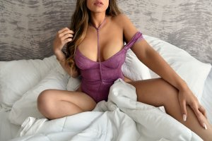 Bambou outcall escort in Macon